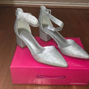 Sliver heels by Dream Pairs